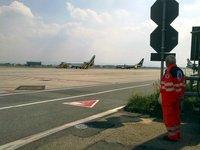 In attesa di un volo sanitario, Aeroporto di Torino Caselle - 30.08.10